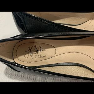 Life Stride soft system flats size 11M